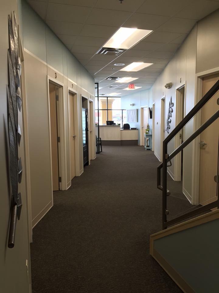 Dopps Chiropractic NW Hallway